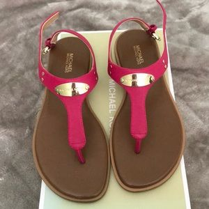 Michael Kors Hot Pink plate thong sandals